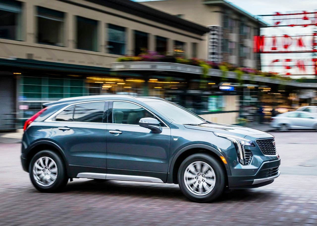 2021 Cadillac XT5 Interior Pictures, Length, Lease Price ...