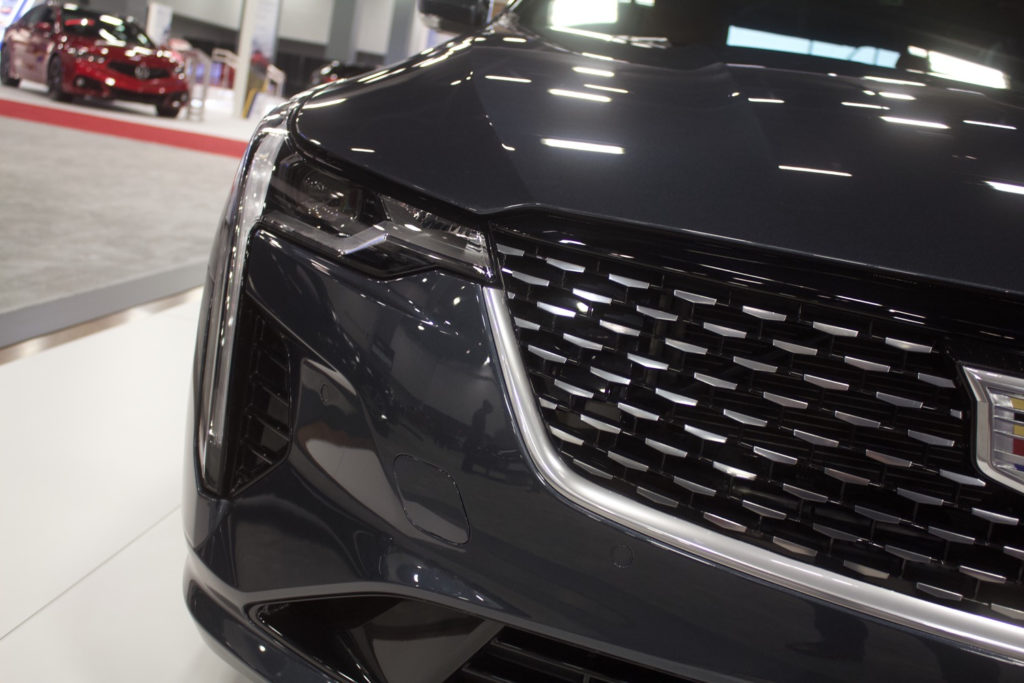 Cadillac Vehicle Pictures Photos Images Galleries