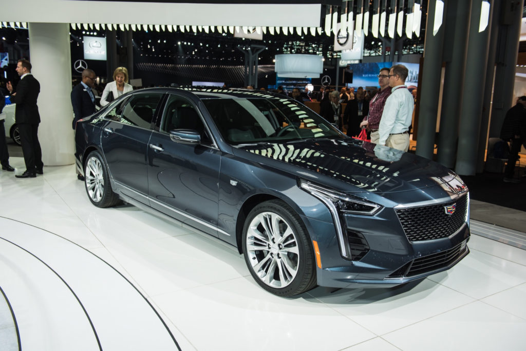 Cadillac Introduces New 4 2L Twin Turbo V8 Engine GM