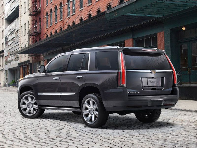 2017 Cadillac Escalade Vs 2017 Chevrolet Tahoe Which Is