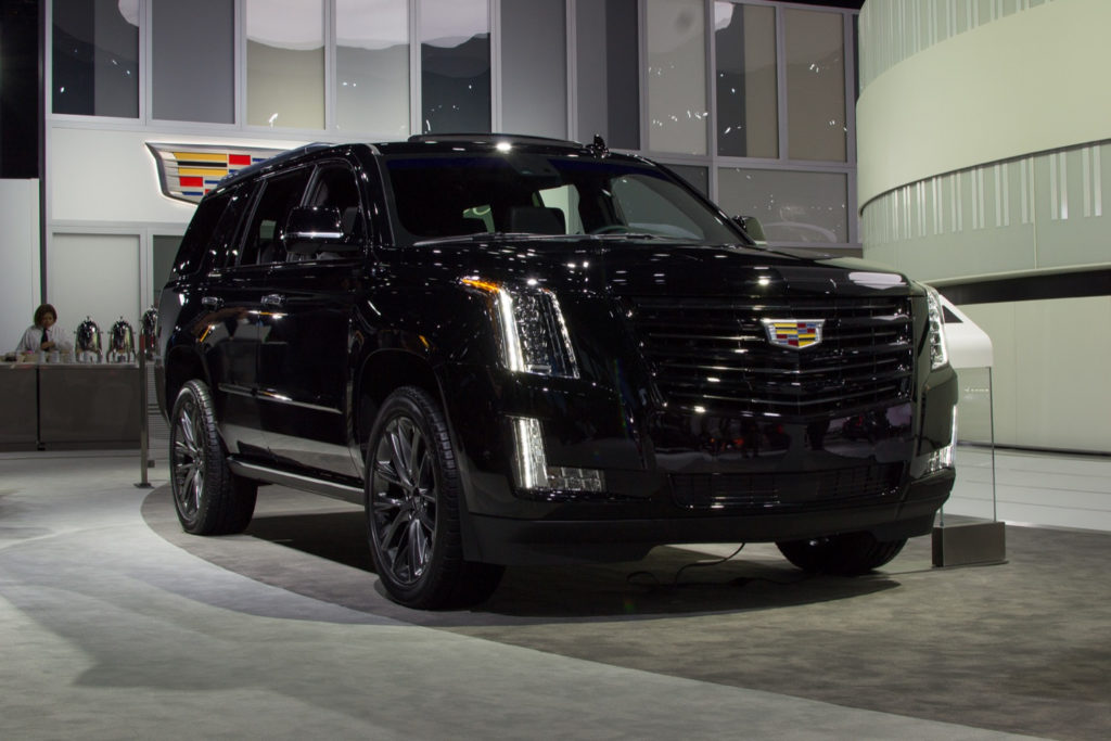 Live Photo Gallery Of Cadillac s New Escalade Sport